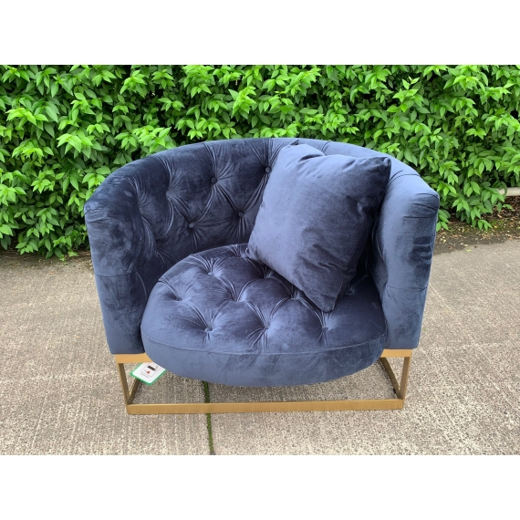 Liza Deep Button Velvet Cuddle Chair