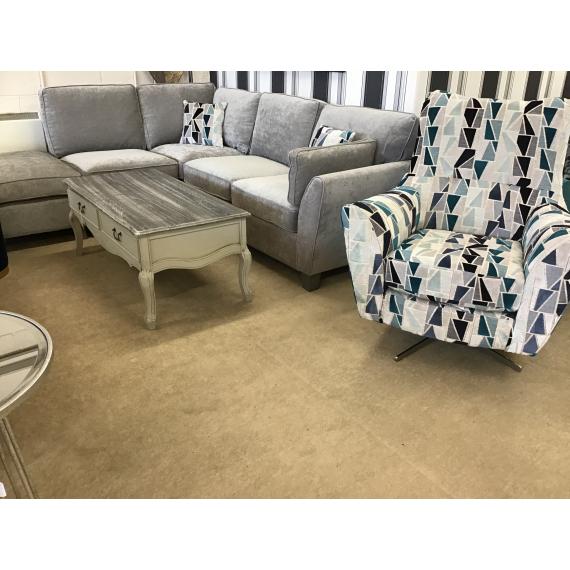 Lucia Swivel Chair